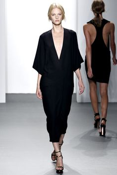 Calvin Klein Collection - Spring 2011 Ready-to-Wear