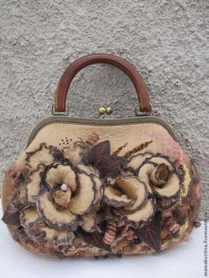 """Женские сумки ручной работы. Ярмарка Мастеров - ручная работа. Купить """" Beige"""". Handmade. Бежевый, сумка валяная, шёлк"""