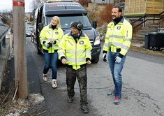 Crown Prince Haakon and Crown Princess Mette-Marit visited Medarbeiderne company which provides nontoxic waste management service in Oslo. Medarbeiderne company provides subscription to private houses and companies for the purpose of collecting regularly domestic wastes like small metals, glass and packaging and it employs in its personnel only people who were drug or alochol addicts in the past.