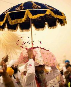 Sikh Quotes, Gurbani Quotes, Punjabi Quotes, Guru Granth Sahib Quotes, Shri Guru Granth Sahib, Guru Arjan, Ancient Indian History, Harmandir Sahib, Golden Temple Amritsar