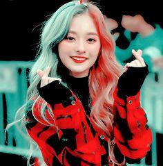 Red Aesthetic, Kpop Aesthetic, I Love Girls, Cute Girls, K Pop, Kpop Anime, Cute Emoji Wallpaper, Girl Korea, Avatar Couple