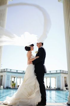 Everything about this stunning wedding at the Hearst Castle was total elegance! Photography by table4weddings.com