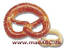 En kringle (kendt som Brezel i Tyskland) er en type af bagt brød lavet af dej i bløde og hårde sorter og krydrede eller søde smag formet som kringle. Saltkringler og saltstænger laves på denne måde.