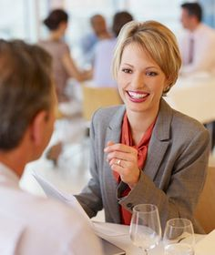 6 Tips for a Successful Business Lunch|This handy guide lays out all the ingredients for a seamless business lunch or dinner.