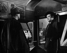 Still of Orson Welles, Joseph Cotten and Carol Reed in Den tredje mannen (1949) http://www.movpins.com/dHQwMDQxOTU5/the-third-man-(1949)/still-1931987968