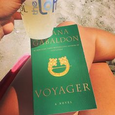 Dreaming by the sea- #champagne #LDW #Voyager #Outlander #JamieAndClaire #BookThree #Proseco #toast #slancha