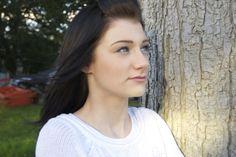 katie outside portrait