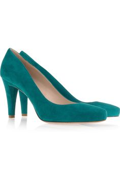 Can you tell I have a hankering for just the right pair of turquoise shoes? Still looking. If these were leather and not suede I'd be drooling right now (hence the need that they not be suede).
