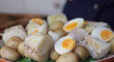 O canal Gastronomismo ensina como fazer uma receita clássica do Natal de Portugal: um Bacalhau da Consoada. O prato é incrível e vai deixar toda a família com água na boca.