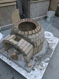 Pizza uuni Oven Diy, Diy Pizza Oven, Pizza Oven Outdoor, Outdoor Cooking, Pizza Ovens, Wood Oven, Wood Fired Oven, Wood Fired Pizza, Pizza Oven Temperature