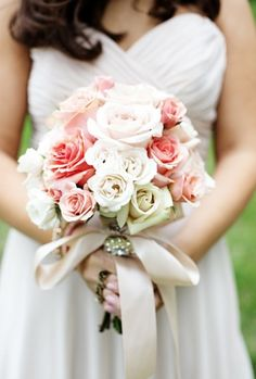 Wedding Bouquets | HappyWedd.com | #WeddingBouquets #Flowers #Wedding