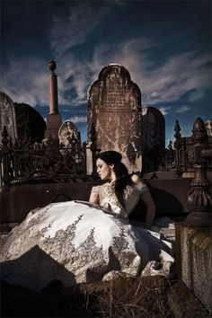 renee gothic garveyard s1 630x945 Presenting Serendipitys Gothic Style: New Page on the Darker Side of Romance Serendipity Photography