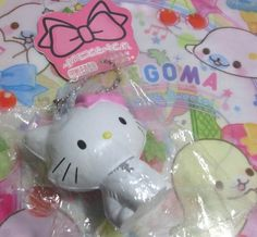 Rare Marie x Hello Kitty squishy. Squishy Store, Cute Squishies, Sanrio, Plushies, Keychains, Cute Wallpapers, Hello Kitty, Favorite Things, Charms