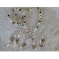 Korusetti kirkas Gold Necklace, Brooch, Jewelry, Jewellery Making, Jewerly, Jewelery, Gold Necklaces, Jewels, Jewlery