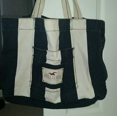 Hollister tote Hollister tote, perfect for the beach. Navy blue and white stripes Hollister Bags Totes