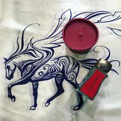 #jovoyparis #jovoy #paris #nicheperfume #sansunmot #joyastudio #joya #candle #redtea #silkscarf #silk #scarf #greek #pigasus #rosinaperfumery #giannitsopoulou6 #glyfada #athens #greece #onlineshopping : www.rosinaperfumery.com ❤️
