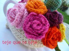 tea cozy roses  realizacion Maru Guerra 2013
