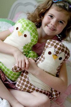 penguin pillow-- I think I should be able to convert it to an owl
