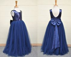 Descriptions of this item: SKU---YS20160007 Silhouette---Princess Waist---Natural Length---Floor-length Embellishments---Bow, Sequins Back