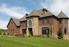 Benjamin Marcus Homes specializes in building high-quality, hand-crafted, custom homes in Pittsburgh, Pennsylvania and its surrounding areas. Home Trends, Estate Homes, Custom Homes, Brick Houses, New Homes, Exterior, Mansions, Architecture, House Styles
