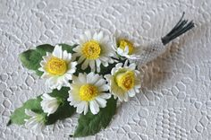 White Summer Flower Brooch, Wild Daisies Floral Bridal Brooch, Chamomile Groom's…