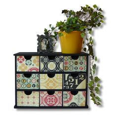 Drawers Ideal for small handy things such as : chargers, earphones, maybe some hair accessories. Ikea Drawers, Storage Drawers, Shoe Storage, Easy Projects, Craft Projects, Craft Ideas, Diy Ideas, Decor Ideas, Crafts To Do