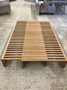 The pull-out bed MK 210 can be continuously extended from 105 cm to 200 cm Pallet Furniture Bench, Furniture Plans, Furniture Makeover, Wood Furniture, Furniture Design, Furniture Online, Folding Furniture, Recycled Furniture, Diy Sofa