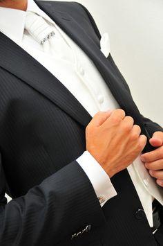 http://www.matrimonio.it/collezioni/abiti_da_sposo/gente_moda_-_allevi_sposo/981/48__zoom Abiti da sposo by Gente Moda - Allevi Sposo