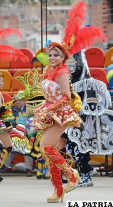140 Ideas De Carnaval En 2021 Caporales Carnaval Trajes De Carnaval
