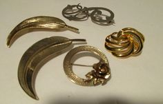 Lot of 5 Gold Colored Brooch Pins Vintage Lapel Leaf Rose Swirl Scarf Costume