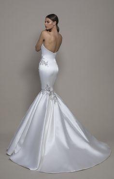 Satin Mermaid Wedding Dress, V Neck Wedding Dress, Luxury Wedding Dress, Mermaid Gown, Pinina Tornai Wedding Dresses, Bridal Gowns, Wedding Gowns, Lace Wedding, Wedding Rings