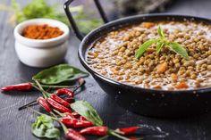 Aprenda a fazer uma sopa nutritiva de lentilha