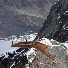 Architects: astearchitecture Location: Stubai Glacier in Tyrol, Austria Project year: 2008 Design Team: Arch.DI Kathrin Aste, Arch.DI Frank Ludin, Thomas Feuerstein