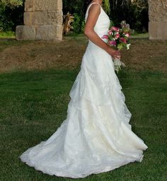 ¡Nuevo vestido publicado!  Raimon Bundó 2010 mod. Eleganza ¡por sólo 1000€! ¡Ahorra un 66%!   http://www.weddalia.com/es/tienda-vender-vestido-novia/raimon-bundo-2010-mod-eleganza/ #VestidosDeNovia vía www.weddalia.com/es
