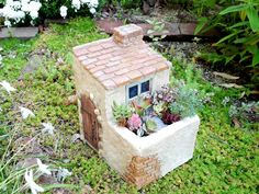 Hand Built Pottery, Slab Pottery, Pottery Houses, Gift Box Design, Miniature Fairy Gardens, Bird Houses, Diy And Crafts, Planters, Vase