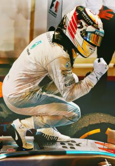 Lewis Hamilton the Race Winner at the 2014 #F1 Grand Prix @ Singapore