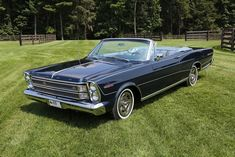 Large Photo of Galaxie located in North Carolina Auction Vehicle Offered by GAA Classic Cars Auctions – Convertible, Ford Classic Cars, Classic Auto, Ford Galaxie, Unique Cars, Us Cars, Vintage Motorcycles, Ford Models, Corvette
