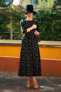 The return of the ditzy floral dress-I like!  Ulyana Sergeenko_2012_0118