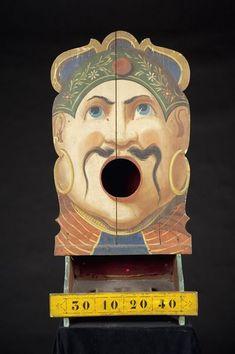 Fairground Art: Passe-boules La tête de turc