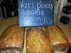MAKLIKE PIESANGBROOD RESEP 'n Lekker Maklike Piesangbrood Resep. - 4 ryp piesangs ... - ½ k margarien - ½ t koeksoda - ½ k melk -...