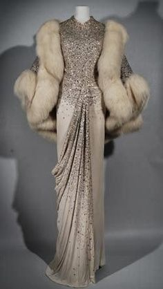Norman Hartnell, Evening dress and Stole, 1960, Silk jersey, sequins and white fox fur, Fashion Museum, Bath and North East Somerset Council, UK