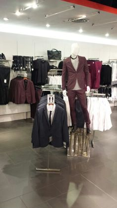 // visual merchandising // topman // oxford circus // fashion suits