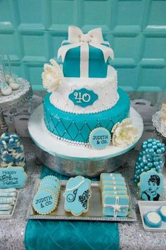 Tiffany  Co. inspired birthday party with Lots of REALLY CUTE IDEAS via Kara's Party Ideas | KarasPartyIdeas.com Printables, Cakes, Favors,...