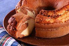 Um bolo simples e fofo é a melhor pedida para o café da tarde, não é mesmo? Ainda mais quando a temperatura está mais amena como hoje, quando essas guloseimas podem ser apreciados ainda morninhas. …