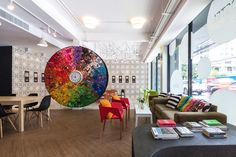 Yim Huai Khwang Hostel / Supermachine Studio