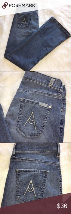 7SEVEN FOR MANKIND JEANS 👖 WOMEN'S SIZE 30. 7SEVEN FOR ALL MANKIND BOOTCUT JEANS. SIZE 30 👖. MINIMAL WEAR. 7 For All Mankind Pants Boot Cut & Flare