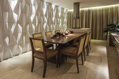 Origami Paris Branco - Arquiteto Miguel Gustavo - Foto: Clausem Bonifácio  #revestimento #design #arquitetura #castelatto #parede #decor #decoração #sofisticacao #wall #interioresdesign #style #decoraçãodeinteriores #decordesign #decorando #referencia #detalhes #decoration #decorlovers #origami #3d #parede3d