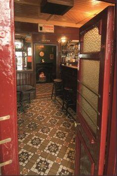 Irish Pub Style Crottys Pub, gorgeous!!