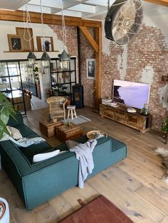 Industrial Chic Decor, Old Factory, Interior Styling, Loft, Bedroom, Space, Home Decor, Houses, Interiors