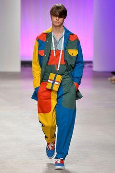 Dope Fashion, Colorful Fashion, Urban Fashion, Runway Fashion, Fashion Outfits, Street Fashion, Fashion Trends, Fashion Design Drawings, Future Fashion